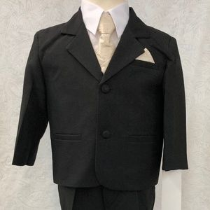 Gold Jacquard Satin Black Suit 5 pc Outfit
